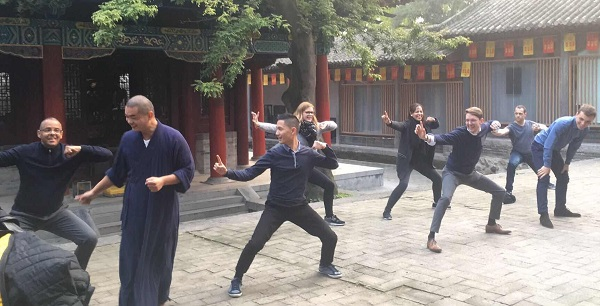 etudiants MBA ISO visite temple shaolin