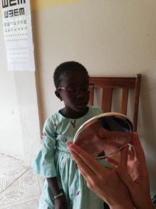 lunettes de vue pour les enfants mission humanitaire Sénégal